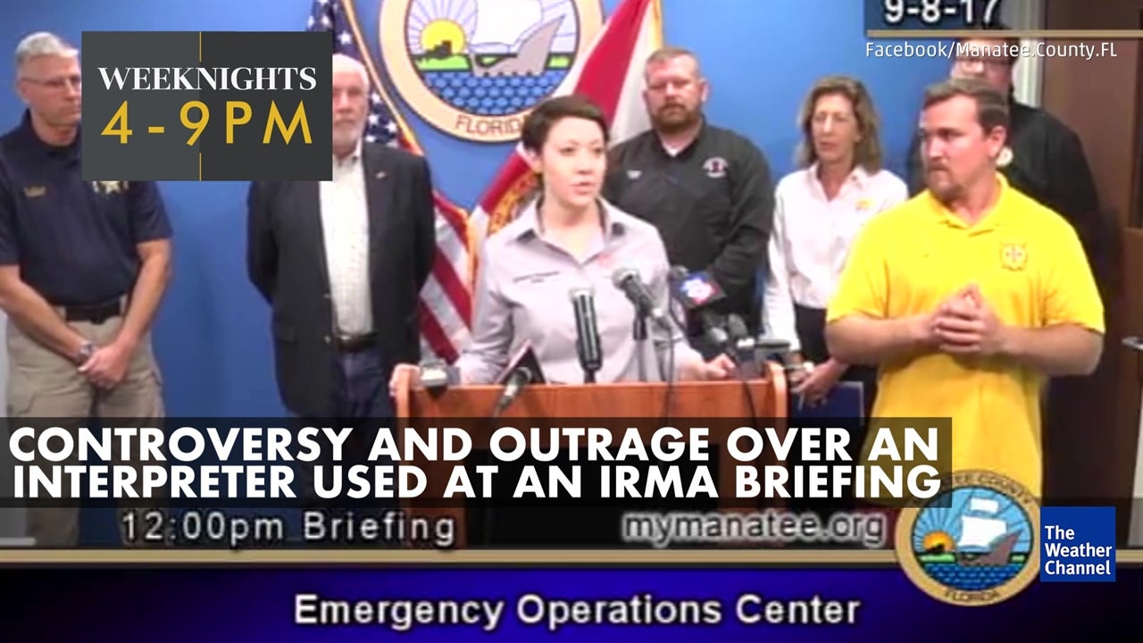 Deaf community calls for apology following interpreter at Irma briefing