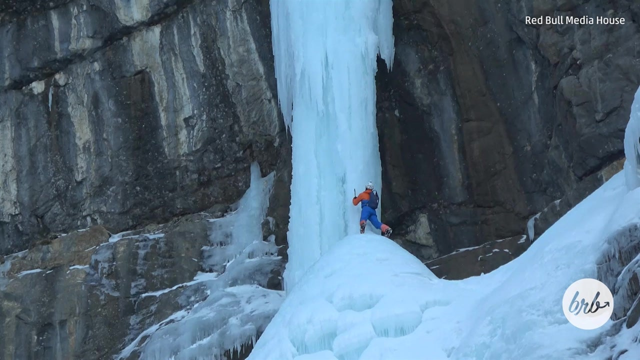 Alpinist Climbs Icefall in Switzerland Without a Rope