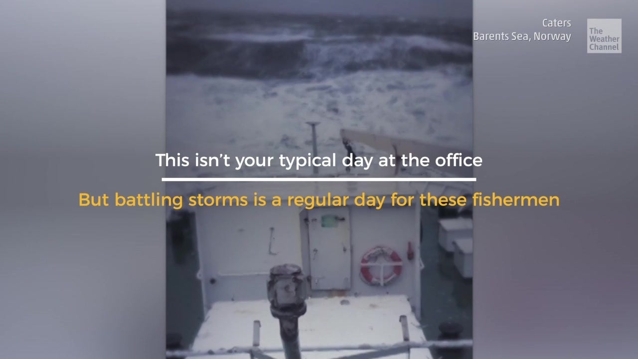 Giant Ocean Waves Flood Fishing Ship