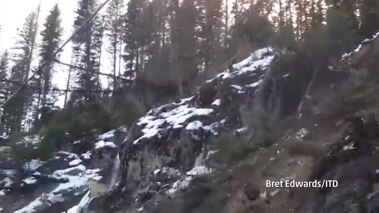 Entire rock face collapses in Idaho landslide