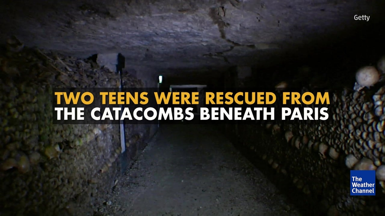 Two teens rescued from Paris Catacombs