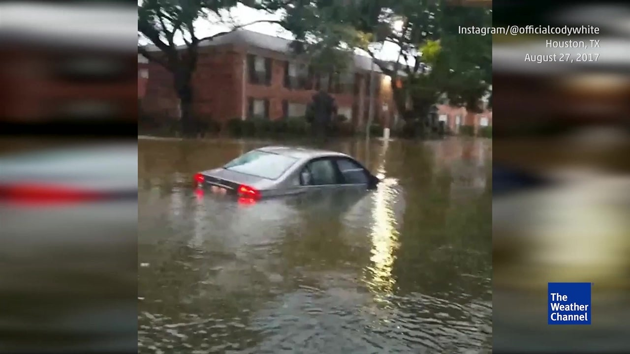 Epic floods trap drivers in Houston