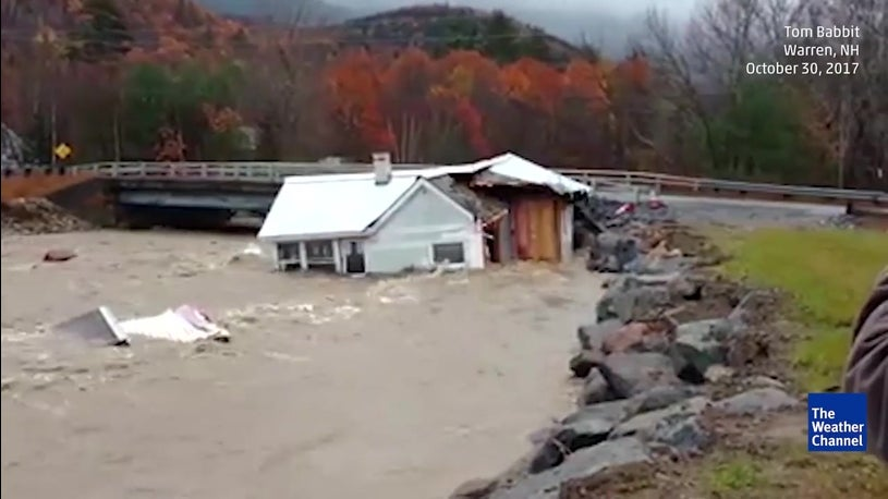 New England Storm Leaves Hundreds of Thousands Without Power