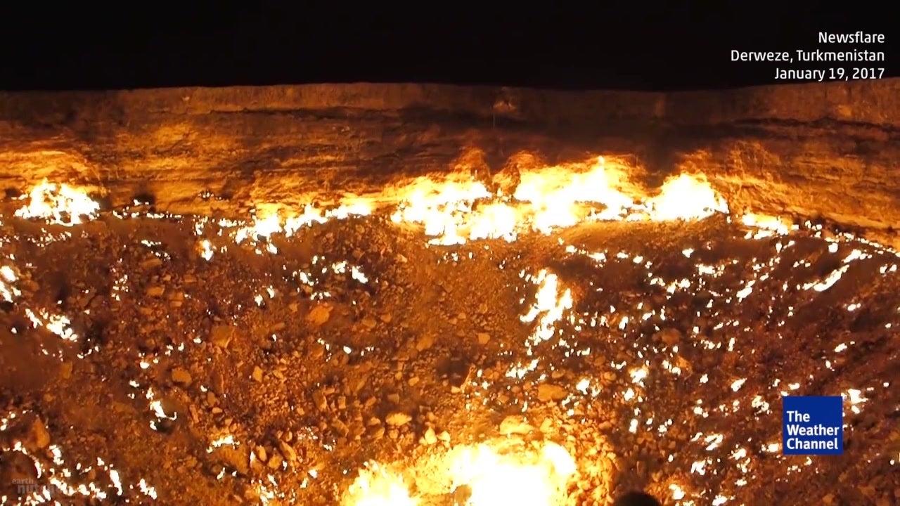 Tor zur Hölle: Hier lodert ein ewiges Feuer