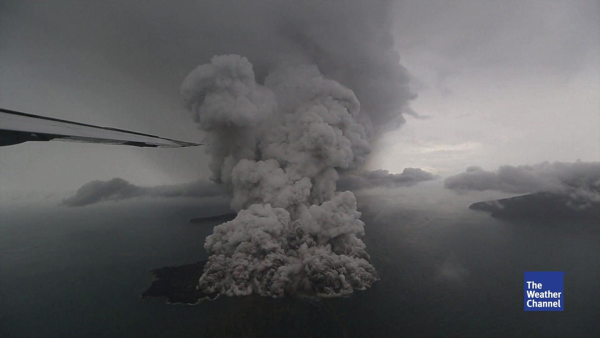 Neue Tsunamiwarnung in Indonesien: Anak Krakatau rumort erneut