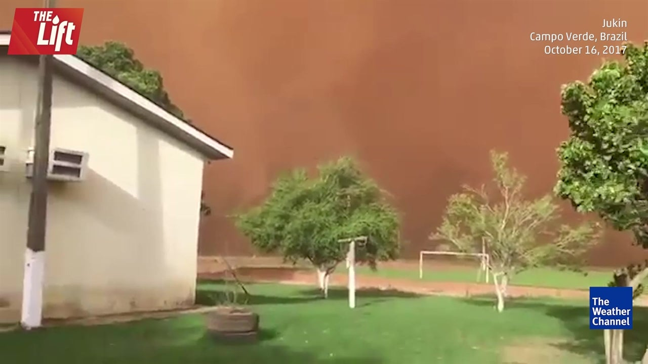 Insane dust storm consumes house