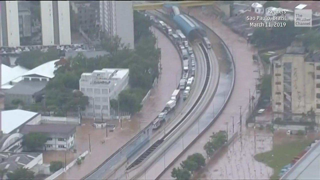 Inundaciones dejan 11 muertos en Brasil