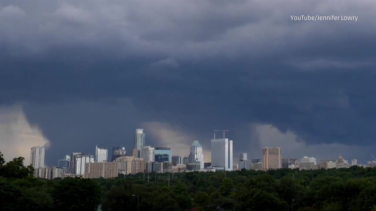 Microburst drops out of sky in Austin, Texas