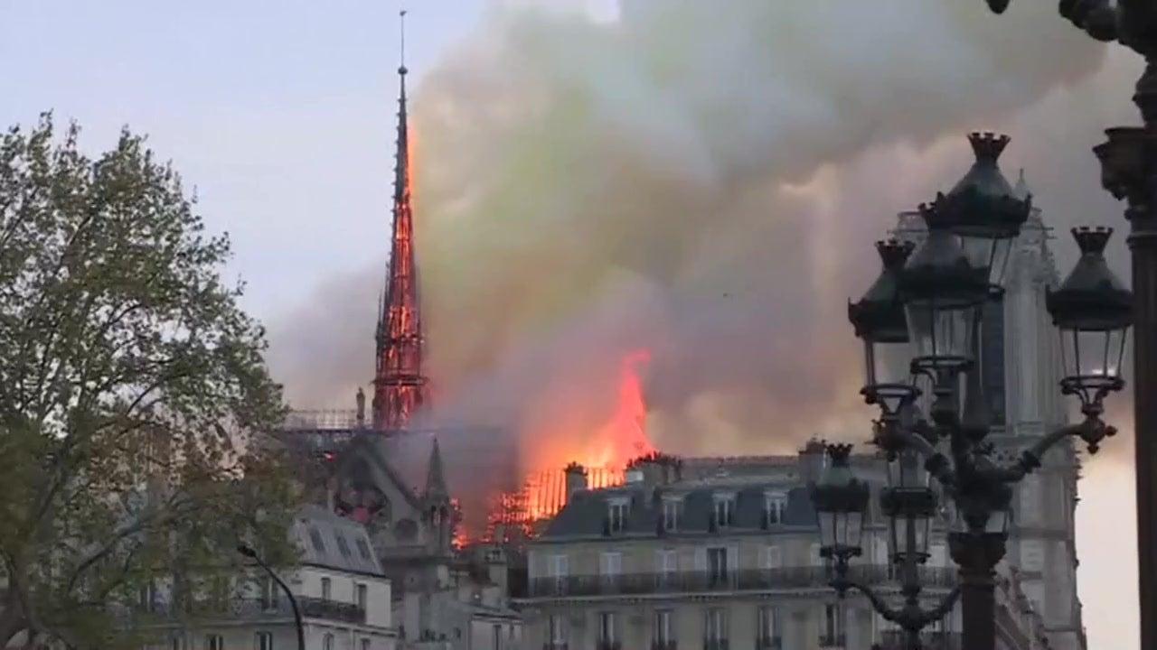 Flammeninferno in Kathedrale: Feuer in Notre-Dame komplett gelöscht