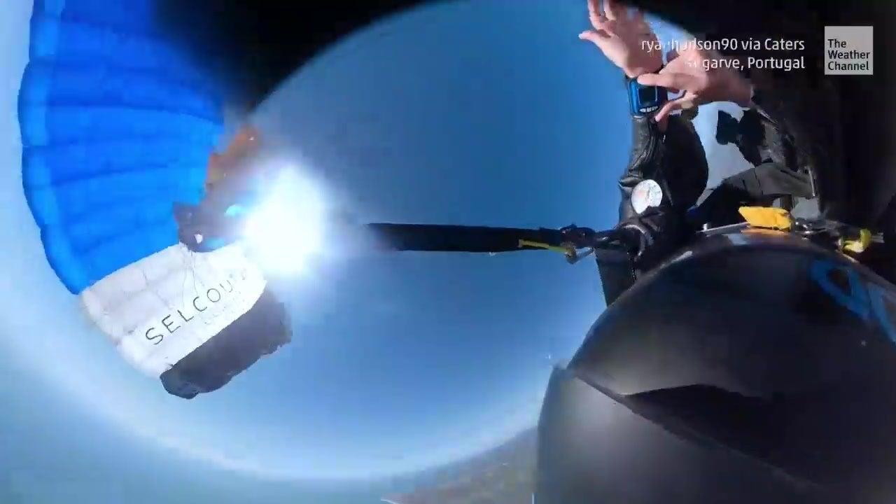 Terrifying: Wingsuit Pilot Tangled in Parachute
