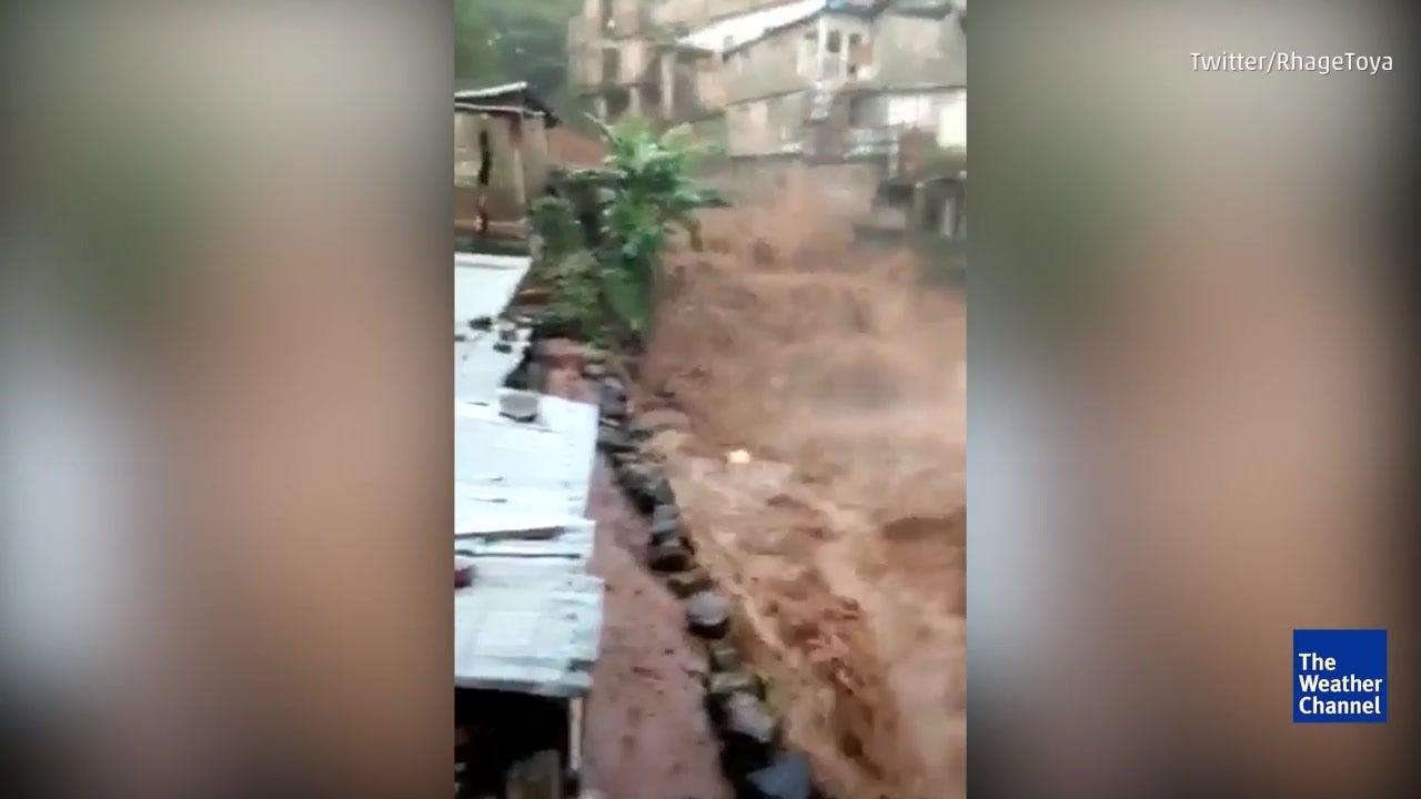 Deadly mudslides ravage Sierra Leone