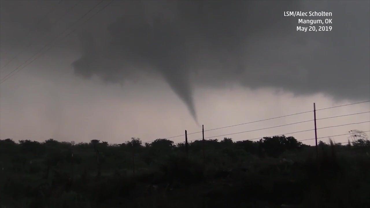 Tornados wüten über Mittleren Westen der USA