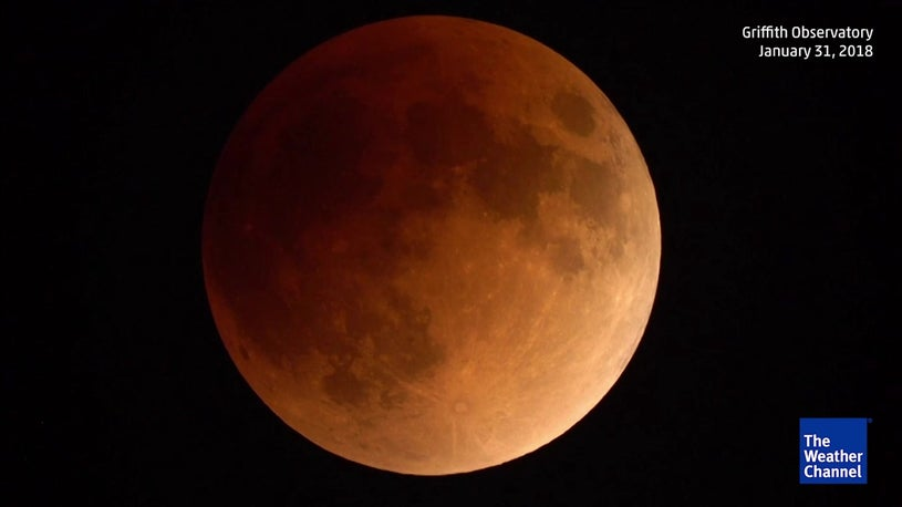 Watch incredible time-lapse of lunar eclipse