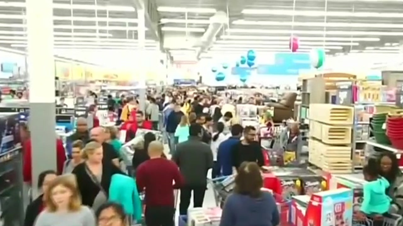 How to Shop Responsibly During Black Friday