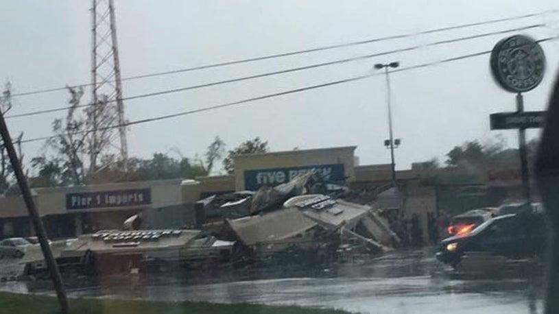 Starbucks Flattened By EF3 Tornado in Indiana