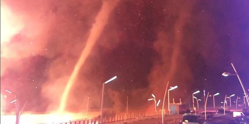 Niederlande: Feuertornado fegt über Strand bei Den Haag hinweg