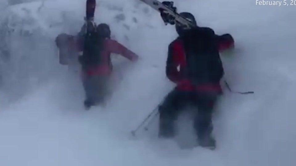 Ski-Patrouille wird von einem Wintersturm überrascht