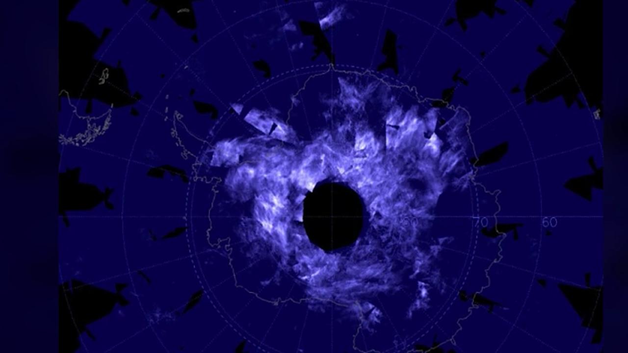 Blaue Wolken über Antarktis sorgen Forscher