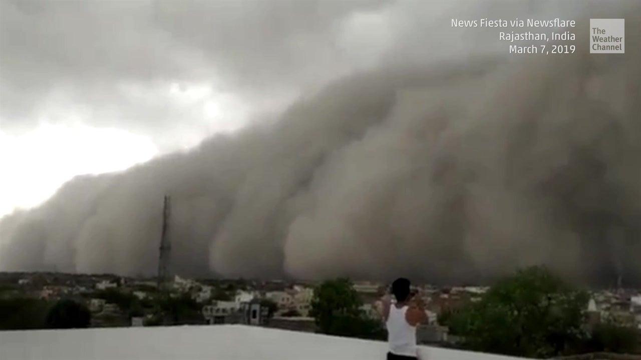 Tormenta de polvo en India parece apocalipsis