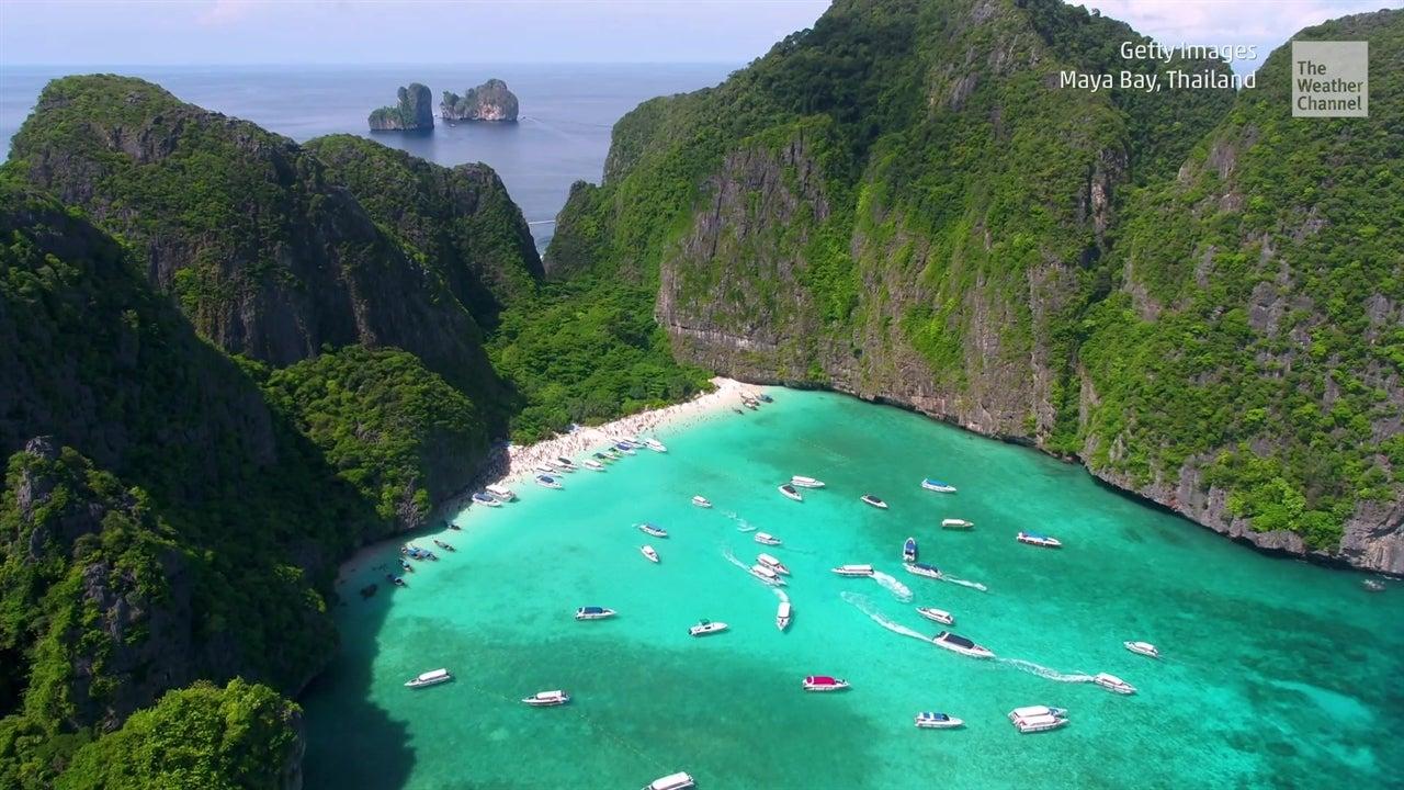 Famosa playa cerrada hasta el 2021
