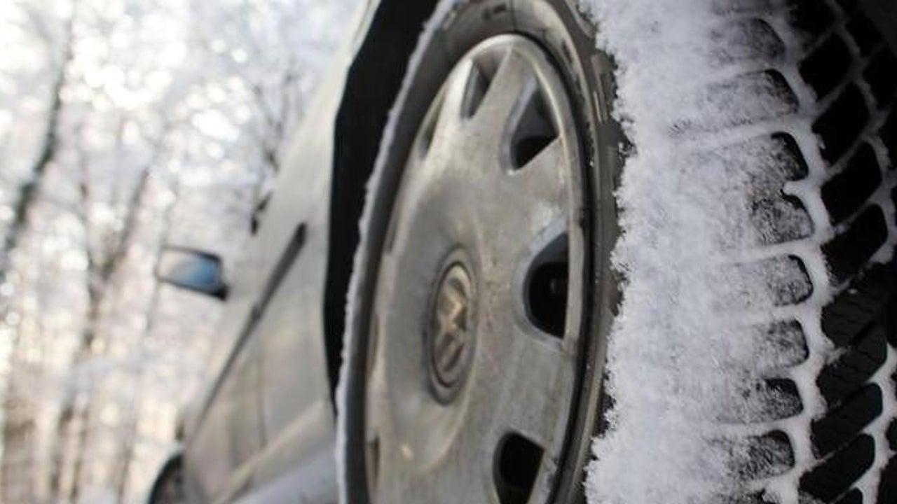 Auf Autobesitzer kommt neues Winterreifen-Bußgeld zu