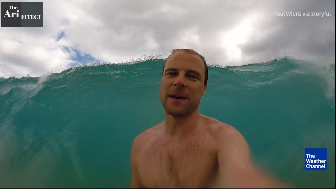 Mann macht Ozean-Selfie - just zum falschen Moment