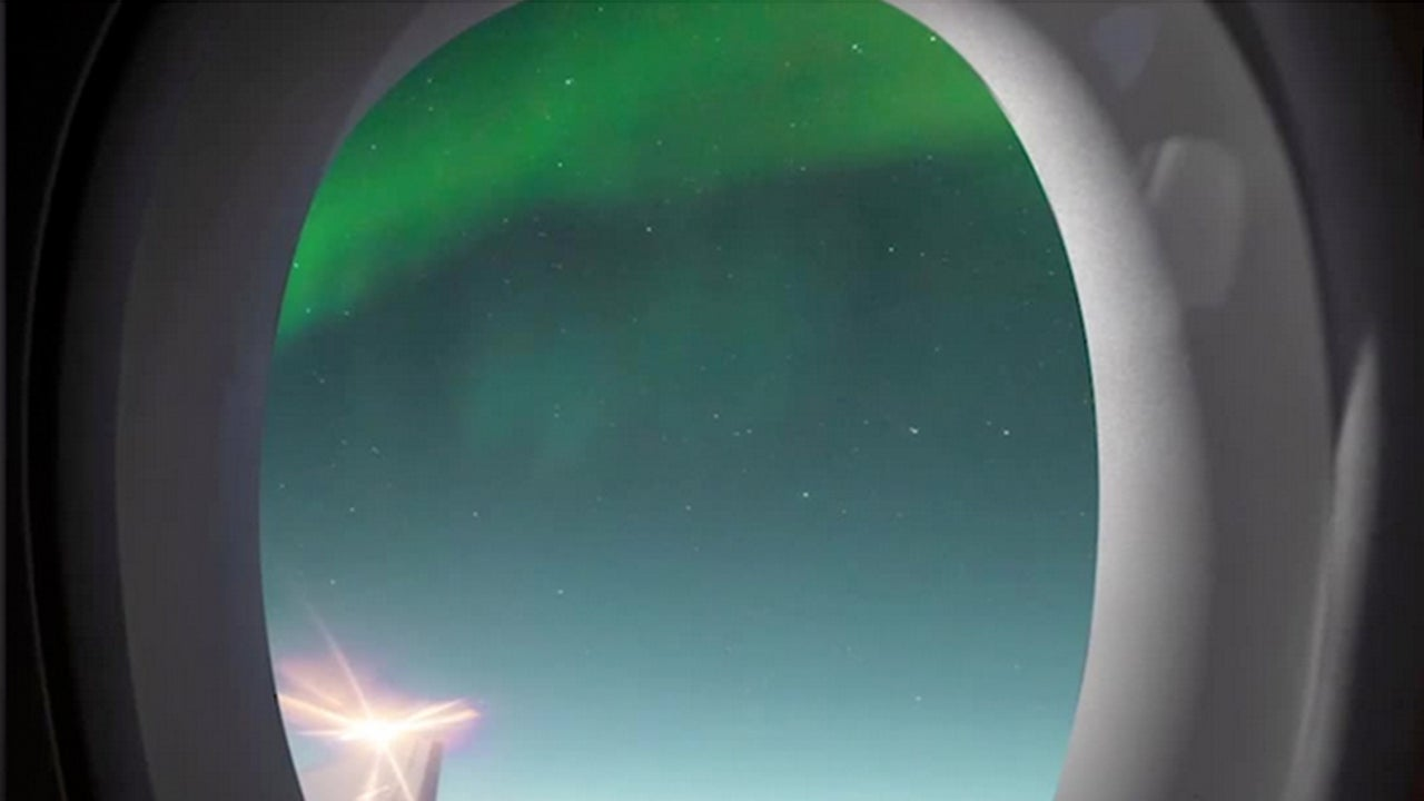 Northern Lights Offer In-Flight Entertainment