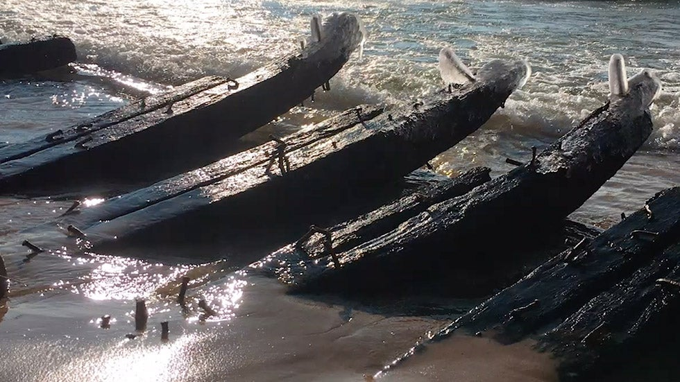 Waves Reveal Lake Michigan Shipwreck