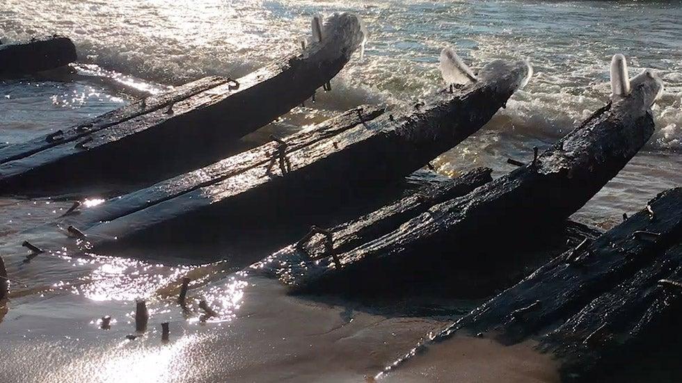 Waves Reveal Lake Michigan Shipwreck