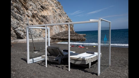 With Plexiglass Barriers Santorini Hopes And Prepares For Tourists To Return The Weather Channel
