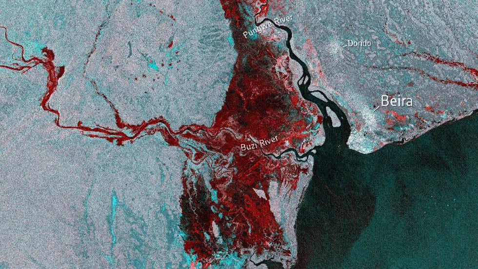Before-and-After Satellite Imagery of Mozambique