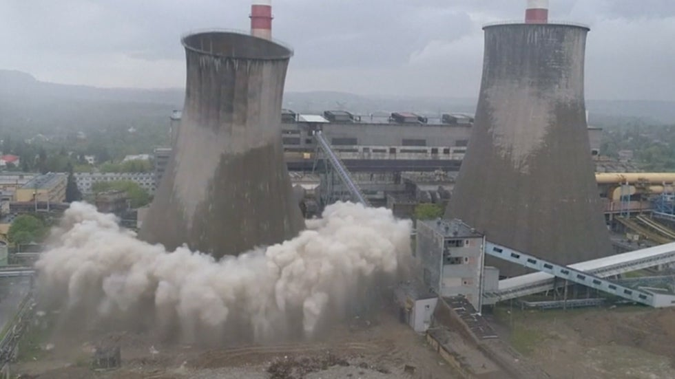Watch Cooling Tower Come Crashing Down