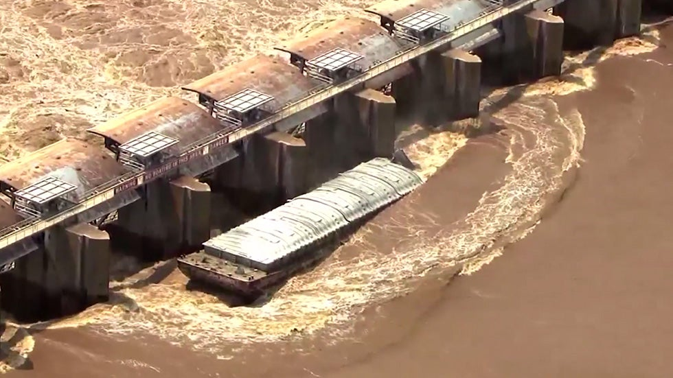 Runaway Barges Crash into Dam After Free Floating on Arkansas River