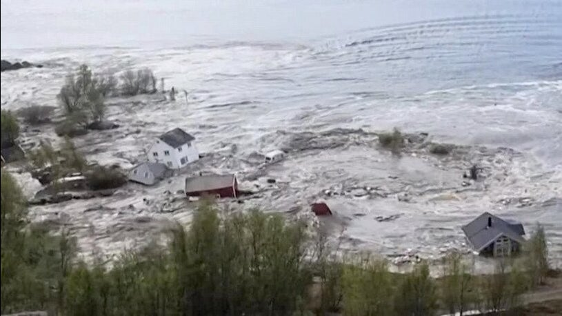 Watch as Massive Landslide Sweeps Eight Houses Into Sea in Norway
