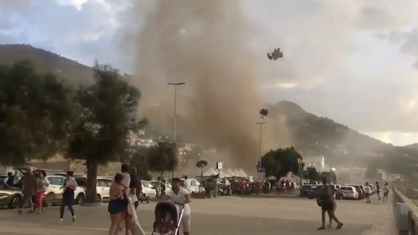 Waterspout Sends Beachgoers Running in Italian Resort Town