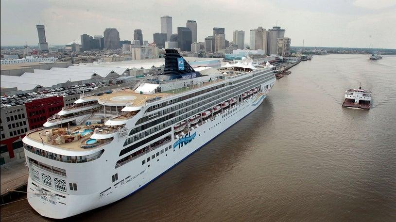 Norwegian Cruise Cancels Stops; Angry Passengers Demand Refund