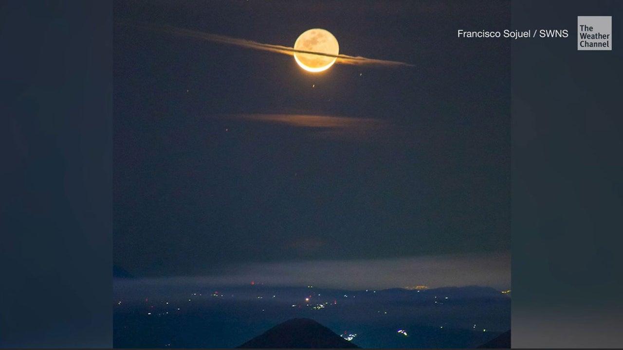 Ein Fotograf schoss das perfekte Foto auf dem Gipfel des Acatenango-Vulkans in Guatemala. Auf den ersten Blick könnte es der Saturn am Himmel sein - doch er ist es nicht.