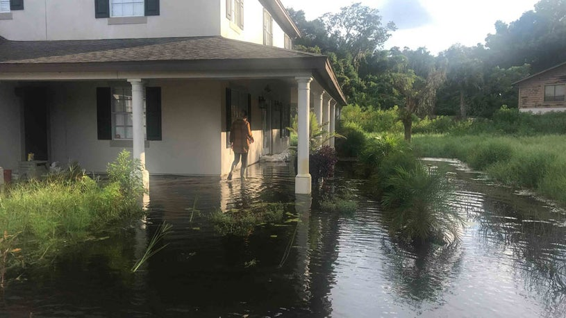 Rising Lakes Threatening to Destroy a Florida Community