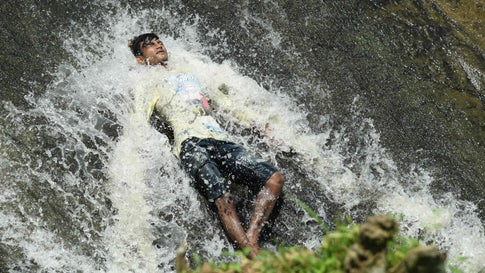 Heat Wave Sears India, Kills at Least 36