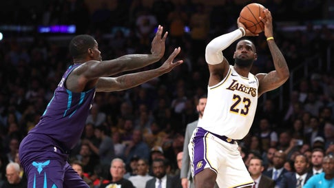 LOS ANGELES, CALIFORNIA - OCTOBER 27:  LeBron James #23 of the Los Angeles Lakers shoots past the defense of Marvin Williams #2 of the Charlotte Hornets during the second half of a game  at Staples Center on October 27, 2019 in Los Angeles, California. (Photo by Sean M. Haffey/Getty Images)