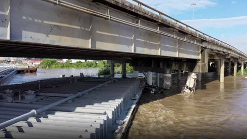 Parts of Interstate 10 Remain Closed in Texas After Barges Hit Bridge, Flooding From Imelda