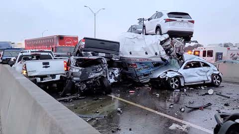 At least 75 vehicles were involved in a pileup on Interstate 35 on Thursday, February 11, 2021, in Fort Worth, Texas. Police said at least three people were killed in the pileup. (Jason McLaughlin)