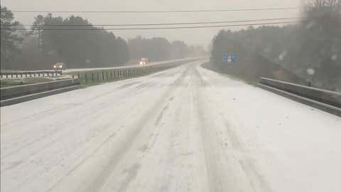 Interstate 55 is iced over near Brookhaven, Mississippi, on Monday, February 15, 2021. State transportation officials pleaded with motorists to stay off the roads. (Facebook/Mississippi Department of Transportation)