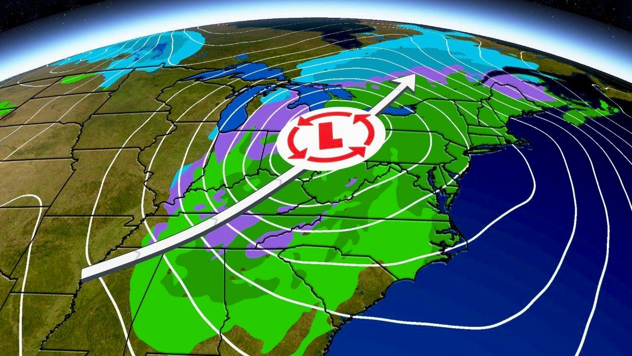 New Storm May Delay Christmas Travel in the East