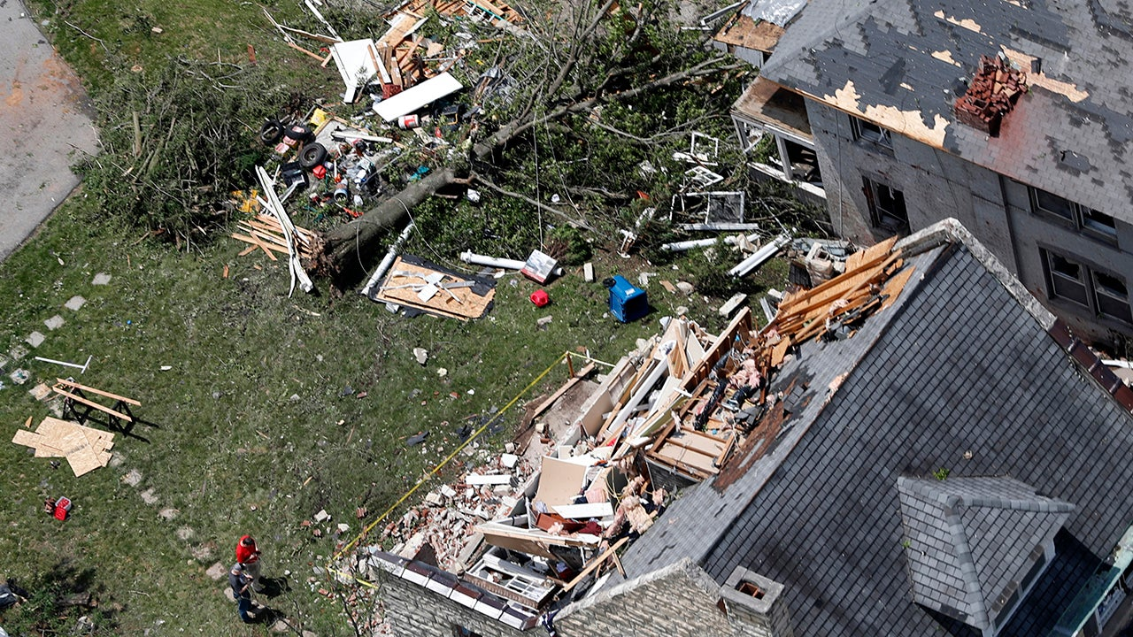 Jefferson City, MO Recovering After EF3 Tornado