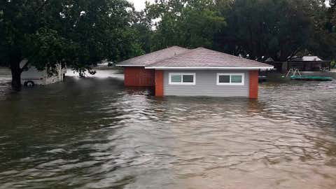 The Woodlands Texas Flooding >> Flooding Hits Parts Of Texas As Imelda Moves Inland Tornado