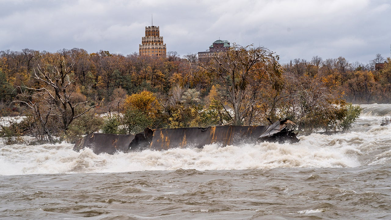 A historic piece of Niagara Falls is at risk after coming loose during Thursday's storm.