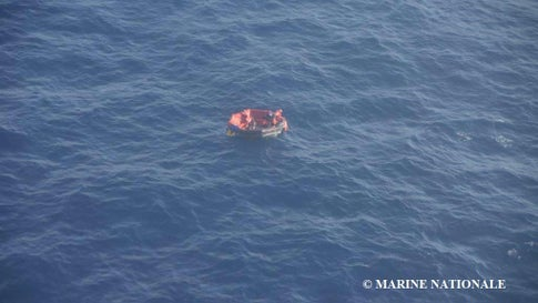 Fourth Body Recovered in Atlantic Ocean After Boat Sinks in Hurricane Lorenzo; Search for Survivors Continues