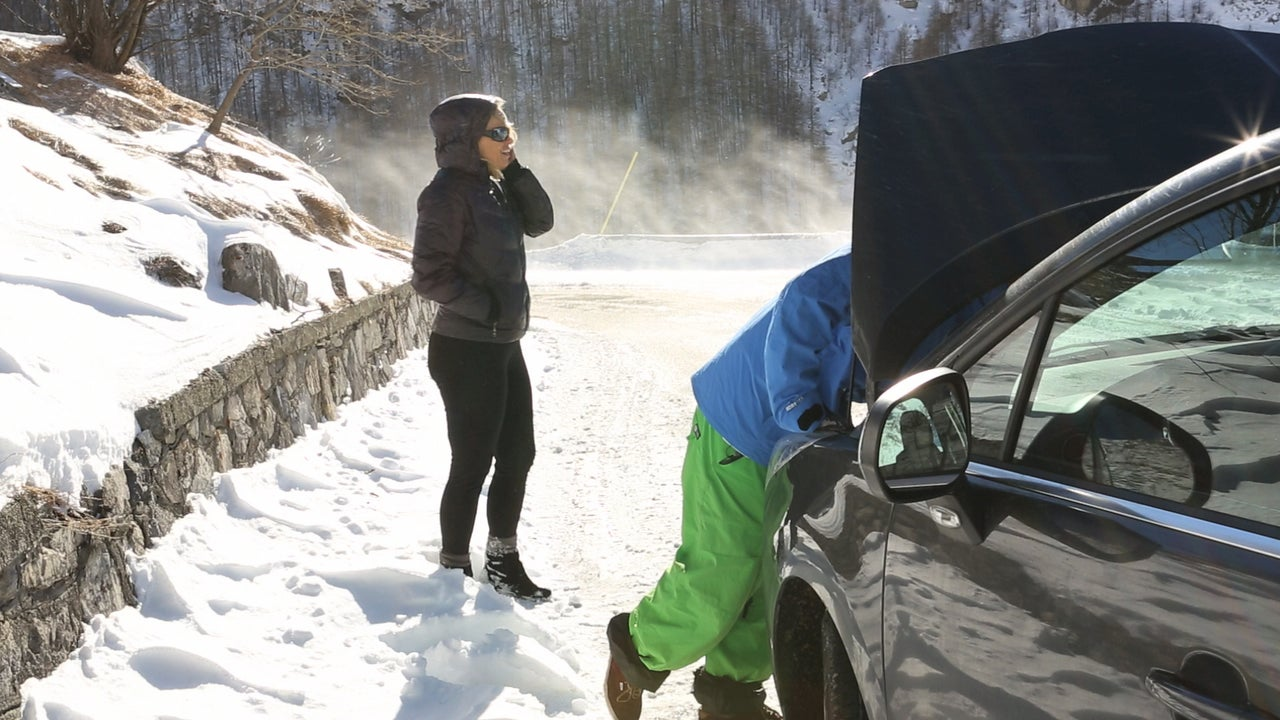 What to Do if Your Car Breaks Down in a Snowstorm