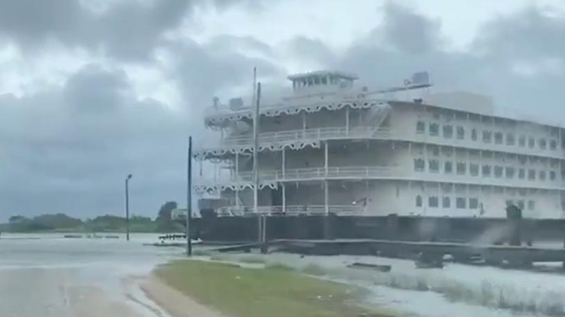 Riverboat Casinos Break Loose in Alabama as Hurricane Sally Nears Coast
